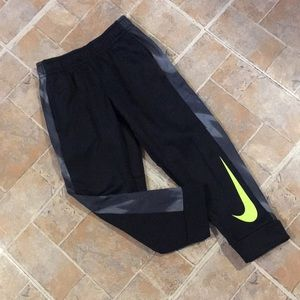 Nike Dri Fit athletic joggers size toddler boys 4T